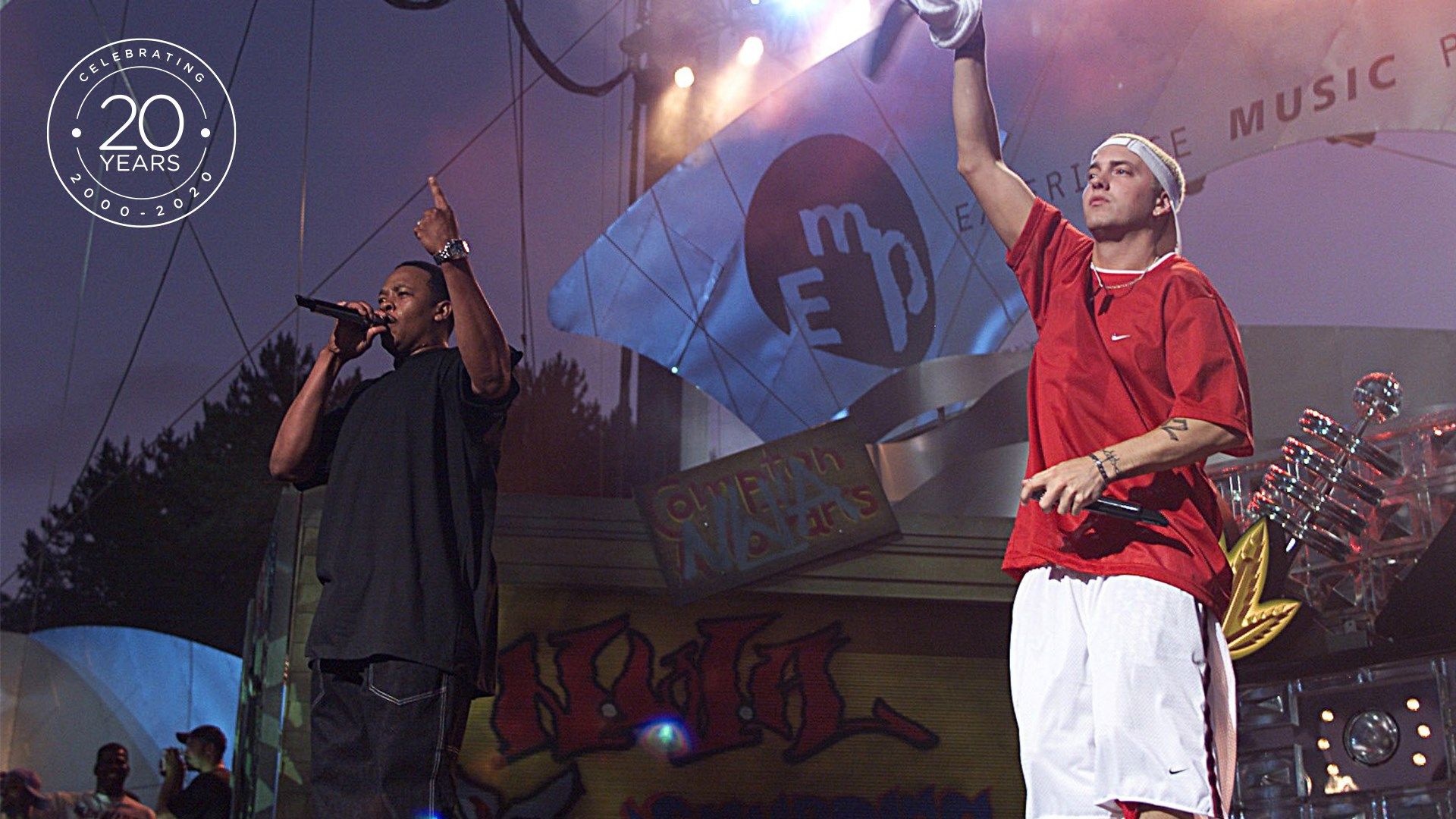 Dr. Dre and Eminem perform at MoPOP's museum-opening party